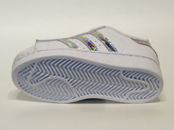 アディダス☆キッズスニーカー【adidas】SSC / ランニングホワイト×ランニングホワイト×ランニングホワイト / CG6708